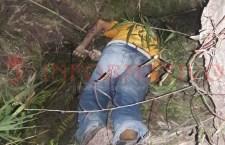 Hombre cae misteriosamente en una zanja y muere