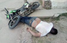 Fallece supuestamente al derrapar en su motocicleta