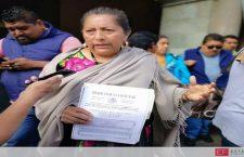 La edil de Juchitán sí ha recibido apoyos para personas damnificadas; hay documentos firmados: @alejandromurat