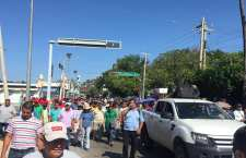 Maestros repudian visita de Peña Nieto a Oaxaca al tiempo que exigen sea encarcelado por alta traición a la nación