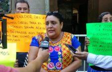 Familias afectadas por el terremoto denuncian fraude de empresas