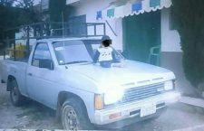 Acompaña a su mujer al doctor y le robaron la camioneta