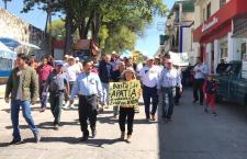 Marchan habitantes de Tlaxiaco; exigen a regidores la instalación del gobierno