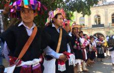 Normalistas de Oaxaca y Chiapas marchan en la capital