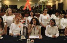 Pierde juicio ex consejero misógino del INE; En twiteer insultó a Susana Harp