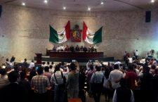 Video: En el Congreso de #Oaxaca no legislan pero sí nos llevan al baile