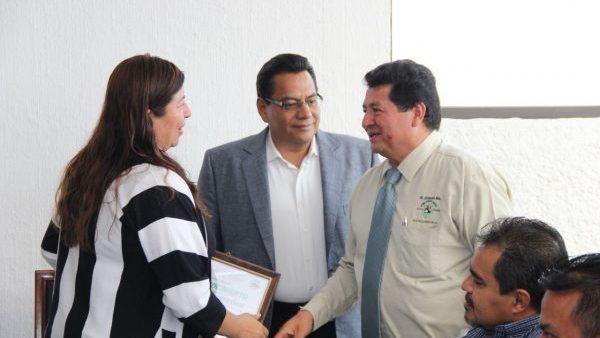 Reconocen apoyo de la Presidenta Juanita Cruz por la implementación de la operación mochila