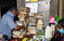 """Reviven biblioteca """"Abraham Castellanos"""" de Asunción Nochixtlán"""