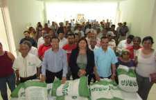 Ayuntamiento de Huajuapan beneficia a 120 productores con semilla de maíz de alto rendimiento