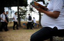 IEEPO otorgará becas a jóvenes madres o embarazadas para continuar y concluir sus estudios básicos