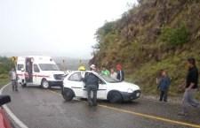 Pipa supuestamente impactó a un vehículo: cuatro lesionados   Informativo 6 y 7
