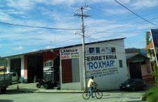 Roban hombres armados 100 mil pesos de ferretería Rox Mar en Putla | Informativo 6 y 7