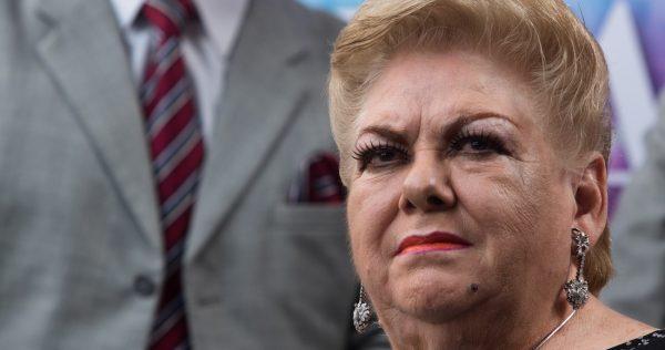 La cantante Paquita la del Barrio es hospitalizada por una trombosis pulmonar y neumonía