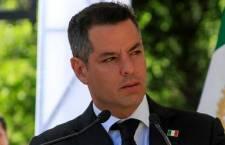 """Murat denuncia """"huachicol de agua en la capital"""", perforan ductos de red para robar el líquido potable"""