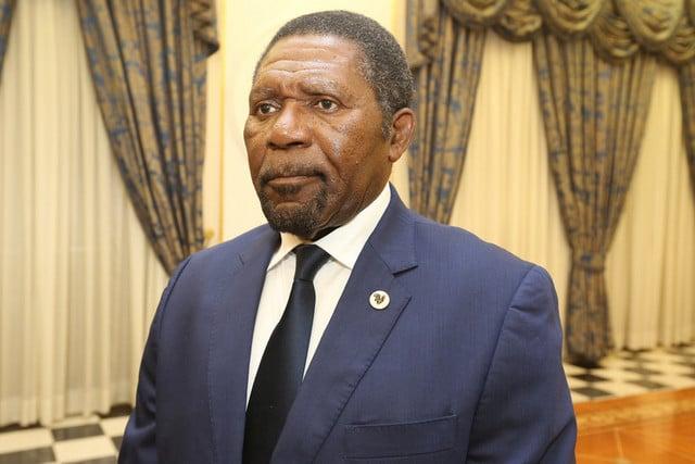 Samakuva nega ser candidato à presidência da UNITA, mas admite concorrer a Presidência da Republica em 2022