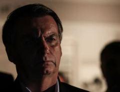 Bolsonaro contraria seu próprio porta-voz e revoga decreto das armas