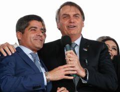 Bolsonaro inaugura aeroporto em Vitória da Conquista, na Bahia