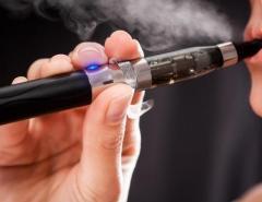 Primeira morte ligada a doença pulmonar por uso de cigarro eletrônico é registrada nos EUA