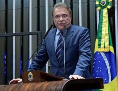Alvaro Dias destaca prioridades do Congresso para segundo semestre
