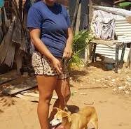 Agente erra e aplica vacina antirrábica para cachorro em mulher
