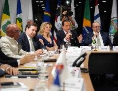 Coronavírus: Nota do advogado-geral da União aponta para batalha no STF entre Bolsonaro e governadores
