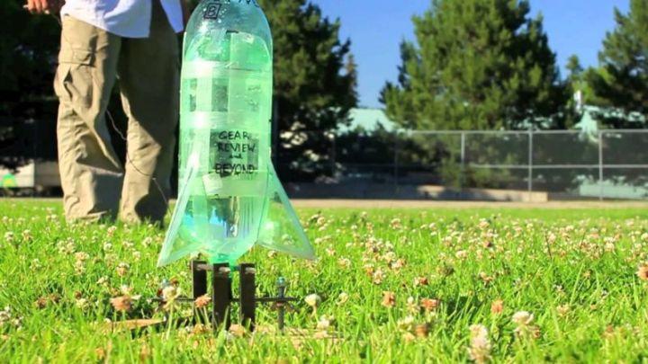 Mainan dari Botol Bekas - Roket Air