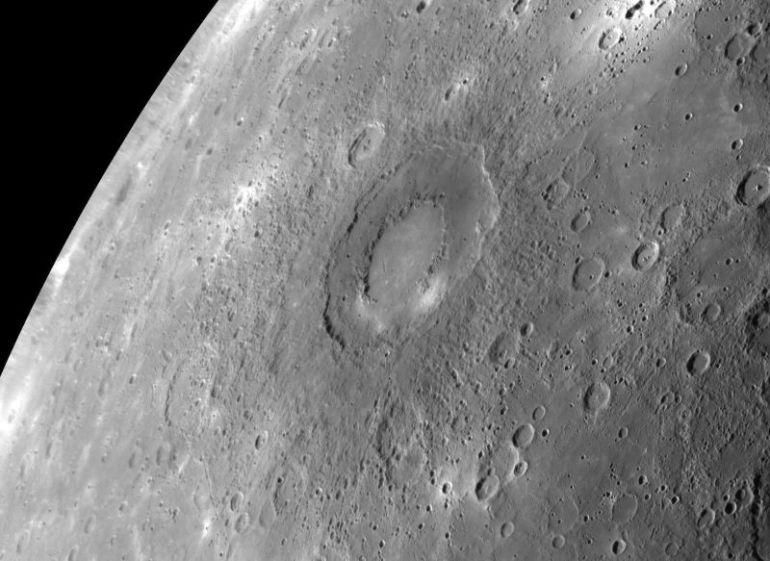 Gambar Permukaan Planet Merkurius