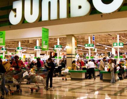 VIDEO: Botellasos y mas de 10 heridos en supermercado JUMBO –