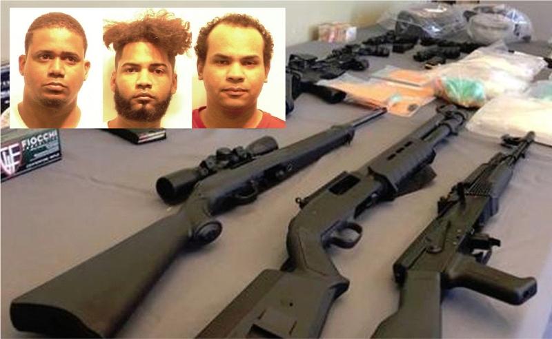Tres dominicanos detenidos en Providence con rifles de alto poder incluyendo AK47, pistolas y drogas –