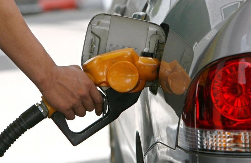 Combustibles bajan entre RD$10.50 y RD$12.10 – .
