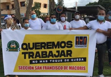 Dueños negocios en SFM demandan reapertura y eliminar toque de queda