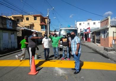 Pintan policías acostados en diferentes sectores SFM