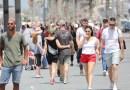 Los israelíes salen a las calles sin mascarilla por primera vez