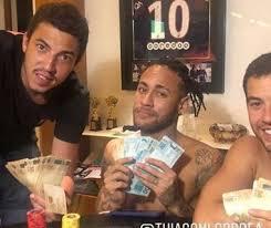 Foto de Neymar tem auxílio emergencial do governo de R$ 600 aprovados