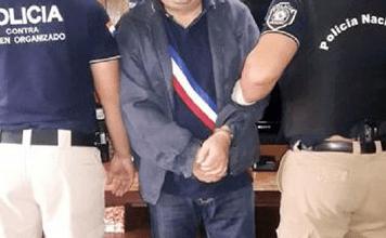 Foto de Fornecedor de Beira-Mar (CV) preso no Paraguai dá caminhonete de luxo para filha de 18 anos e levanta suspeita sobre seus bens confiscados