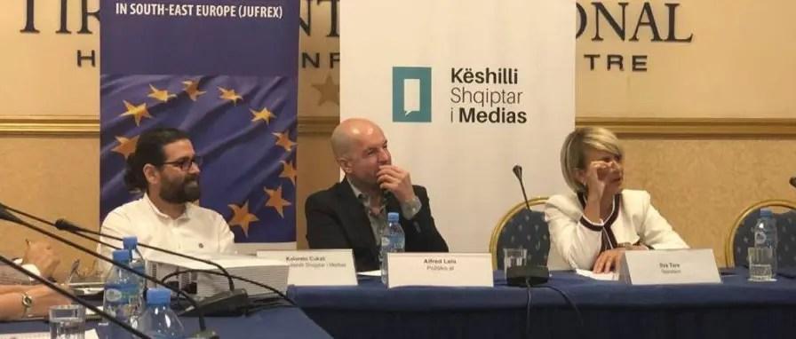 Alarmi i gazetarëve në Tryezën e medias: Copyright, not the right to copy*