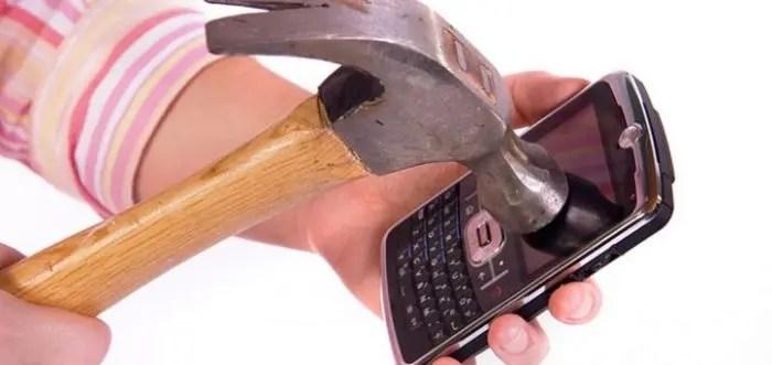 Alarmante: Telefonat po na shtrembërojnë!