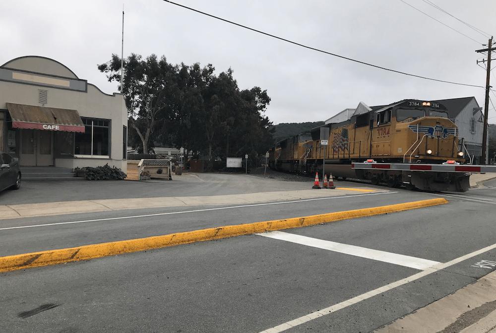 Train_Cross_Quiet_Zone_May2018