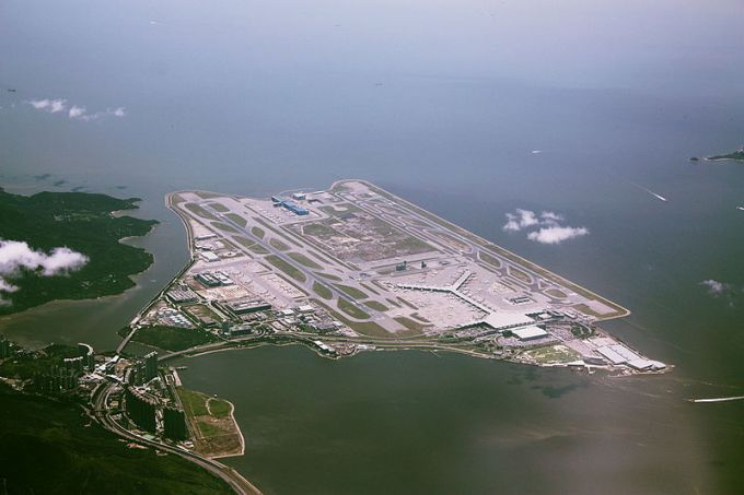 Hong Kong top 10 most beautiful airports in the world