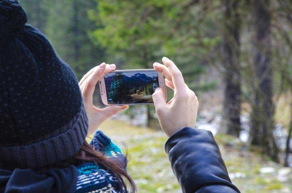 Fotografi Hp: 30 Tips Mengambil Gambar dengan Kamera Handphone