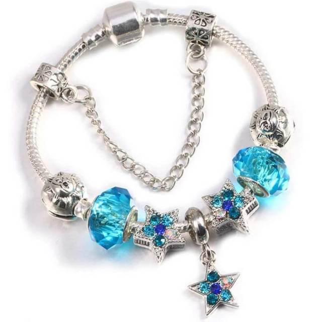 gelang tangan hadiah untuk wanita