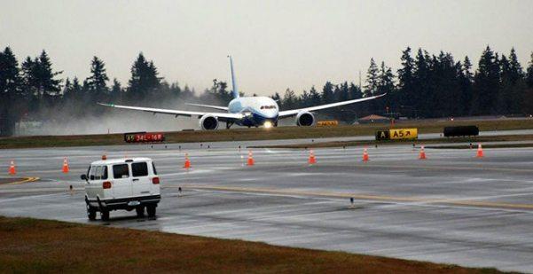 787 takeoff