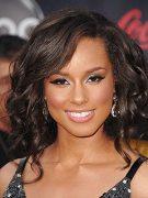 Happy Holidays: Alicia Keys Style 1