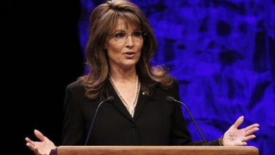 Photo of Sarah Palin Reaches Out To The Mama Grizzlies