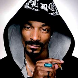 Snoop Dogg Blows Up Truck 1