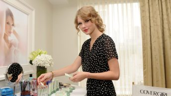 Taylor Swift Announced as the Face of New COVERGIRL Cosmetic Line, NatureLuxe 3