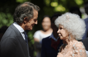Spain's Newest Blushing Bride: Duchess of Alba Remarries 1