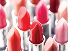 Photo of How Dangerous ARE Cosmetics? [infographic]