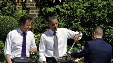 Photo of Hail To The Chef: Obama Gives Cameron a Grill