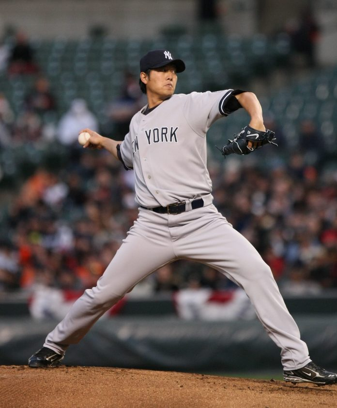 Chien-Ming Wang pitching